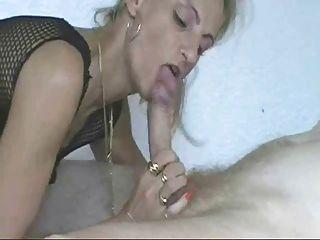 Rubia amateur milf anal