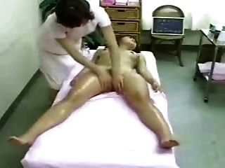 Masaje y orgasmo (cámaras ocultas)