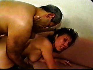 Sdruws2 asiático maduro hotel empleado anal y facial