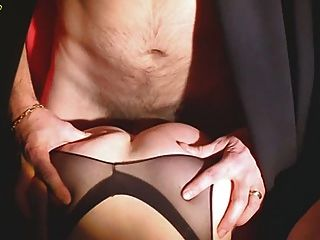 Julia perrin, j panadero, dominique s clair orgy escena (gr 2)
