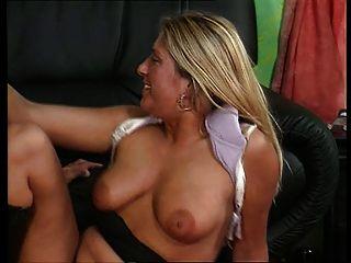 Alemana rubia puta anal