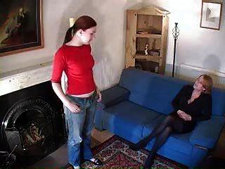 Lesbianas nalgadas