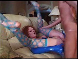 Milf audrey hollander anal en latex parte 2