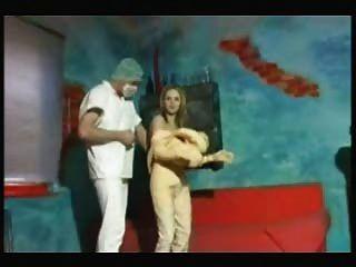 Follando una muñeca de verdad
