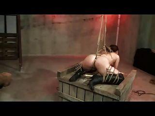 Cuerda shibari esclavitud y azotes