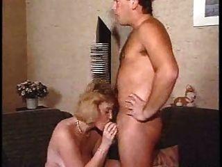 Maduro por el chico joven hacer el sexo