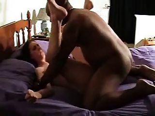 Wifes primera vez en la película fuck bbc mientras el marido mira!