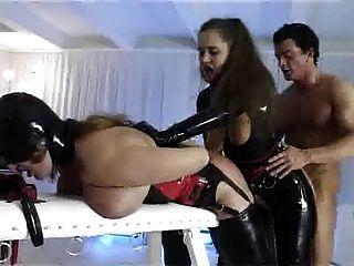 Esclavos maestros de sexo fetiche bdsm trío
