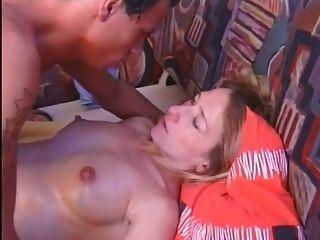 image Chica aficionada embarazada chupa y folla y traga