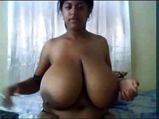 Indios enormes enormes tetas masturbación amateur