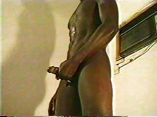 Hombres negros guapos jacking off