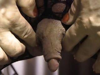Colette y su enorme clítoris erecto