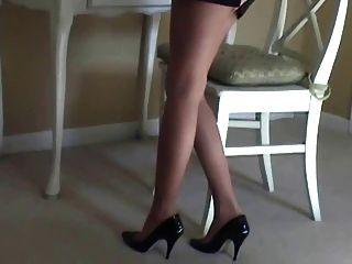 Maria pantyhose sexy y tacón alto tease