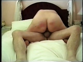 Ella dijo que su marido nunca tocó su otro agujero