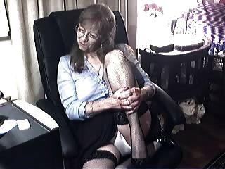 Abuela encantadora con gafas 6