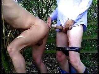 Más chupando y follando en el bosque
