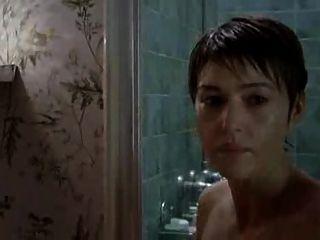 Monica bellucci desnuda en le concile de pierre