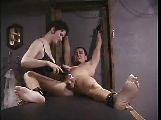 Electro tortura para esclavo