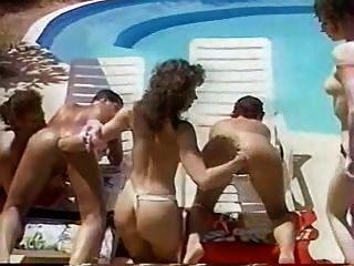 Fisting orgy en la piscina