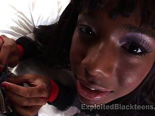 Negro adolescente se folla duro en pov