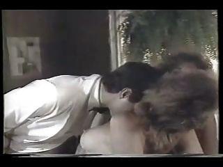 Novias de puerta trasera 1986