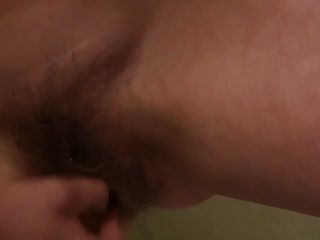 Peludo asiático fey desnudo y gran chorro!