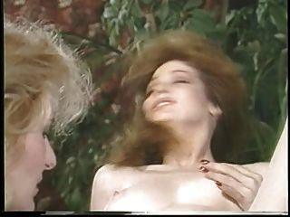 Jacqueros seducen y luego martubates una chica caliente y lamer su coño