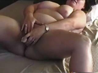 Bbw mamá cums con los dedos y sus juguetes