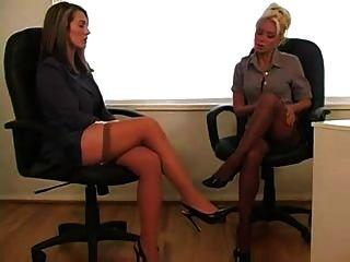 Lesbianas en la oficina 1 de 4 d10