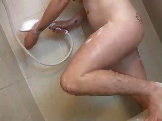 Nena masterbating su coño peludo, coños peludos, pezones agradables