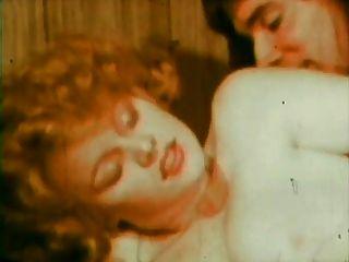 Vintage: lisa deleeuw y un tipo cruzado