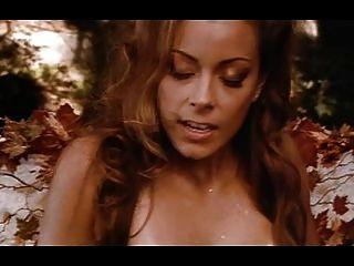 Trío de lesbianas de fantasía en el bosque (feat jenna)