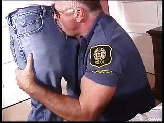 Papi gay policias joder un twink