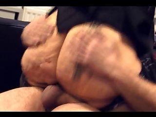 Gran culo maduro curvilíneo gordo culo botín perrito