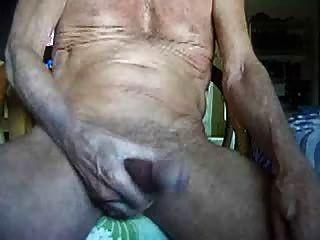 75 años de edad en masturbarse