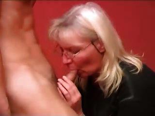 Ruso matrimonio madre chico fucking part1