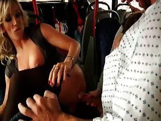Mierda desagradable en el autobús
