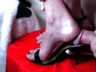 Zapatos de cum cum pies