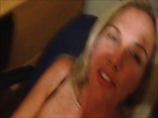 Esposa cums con cum en su cara