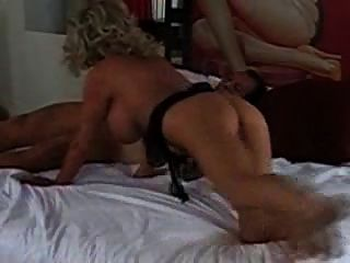 Esposo y amigo fuck beauty blonde!3