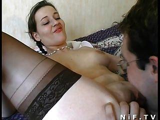Amateur francés pareja tener sexo en la cama