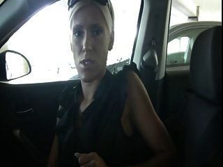 Atrapado en el coche jerkoff instrucciones
