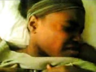 Mujer negra árabe follando duro