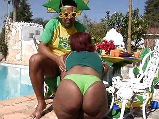 Chicas brasileñas tetona caliente hott hottt
