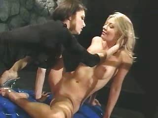 Lesbianas en la mazmorra