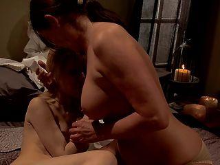 Madre superior nunsploitation sexo monja!