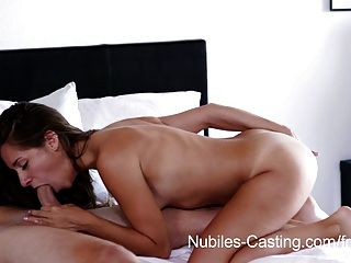 Nubiles casting minúsculo tit babe intenta por hardcore porno