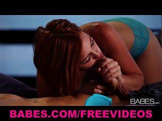 Sexy girlfriend redhead jodi taylor hace el amor a su hombre