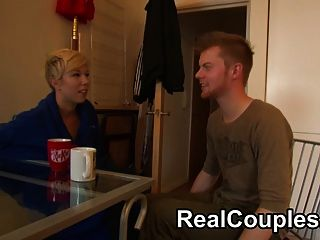 Ver a una pareja real en la cámara de chat y la puta