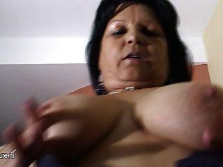 Gran breasted abuela graciela se hace todo